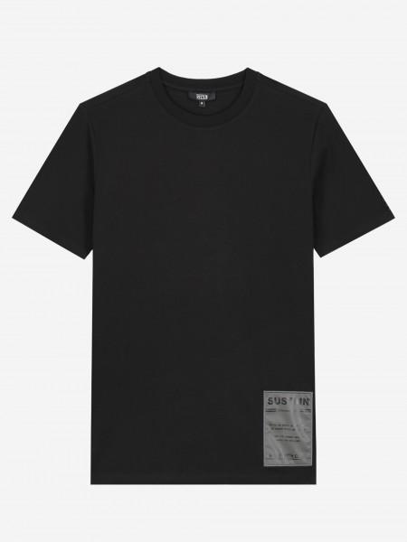 t-shirt met sustain-logo op de rug